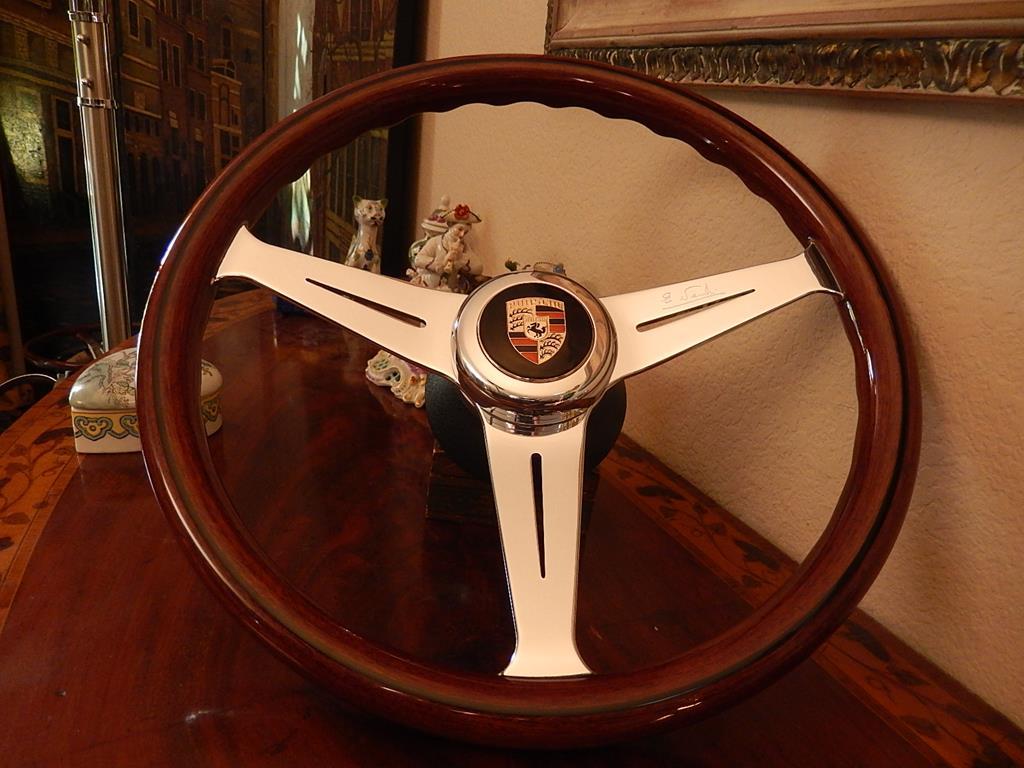 264 Porsche Steering Wheel