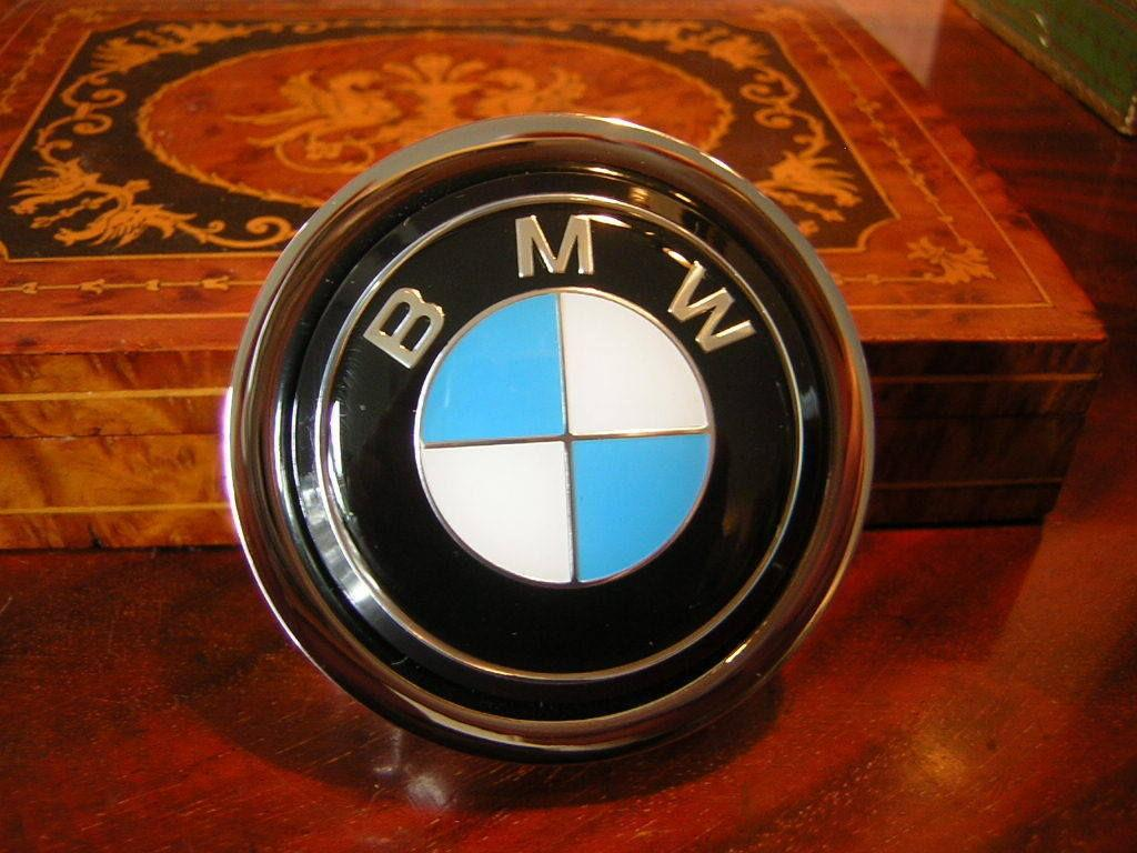 40 Bmw Horn Button Sold