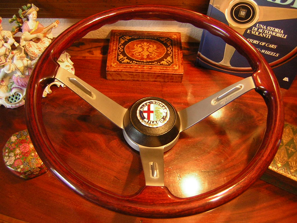 Alfa Romeo Steering Wood Wheel New Old Stock For Spyder Montreal And Other Models Rare Model With The Embossed Right Spoke